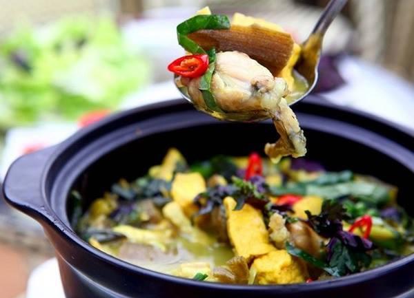 Cách nấu ếch om chuối đậu bằng nồi đất cực hấp dẫn